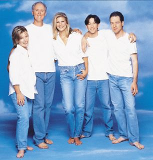 The cast of rd Rock - 3rd Rock From the Sun Picture