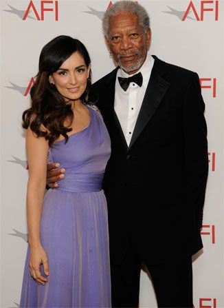 Morgan Freeman poses with Mexican - AFI Life Achievement Award Picture