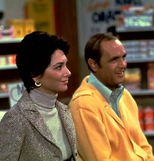 Bob Hartley and wife Emily - The Bob Newhart Show Picture