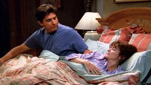 The Gift – Everybody Loves Raymond – Ep. 031 – Season 2 - Full Episode | TV Land