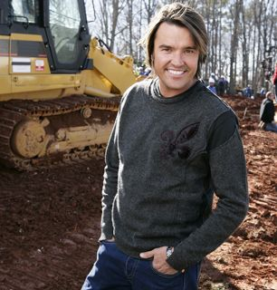 Design guru Michael Moloney flashes - Extreme Makeover: Home Edition Picture