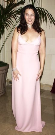 Fran Drescher Pretty in pink - Happily Divorced Picture