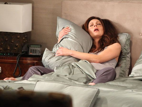Hot in Cleveland - Jane Leeves - Hot in Cleveland Picture
