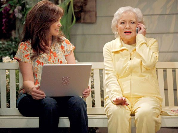 Hot in Cleveland - Valerie Bertinelli, Betty White - Hot in Cleveland Picture