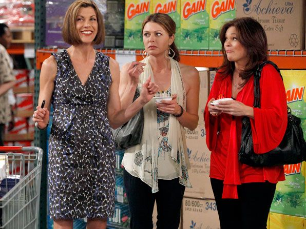 Hot in Cleveland - Wendie Malick, Jane Leeves, Valerie Bertinelli - Hot in Cleveland Picture