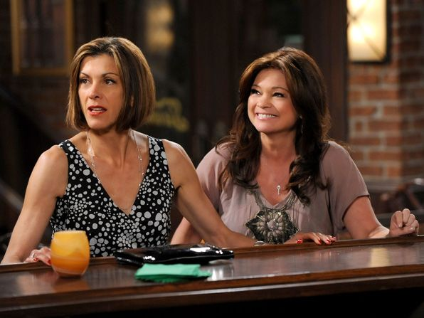Victoria and Melanie hang out - Hot in Cleveland Picture