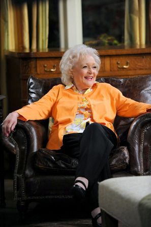 Betty White thinks the women - Hot in Cleveland Picture