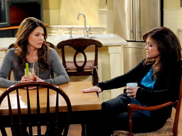 Joy Jane Leeves and Melanie - Hot in Cleveland Picture