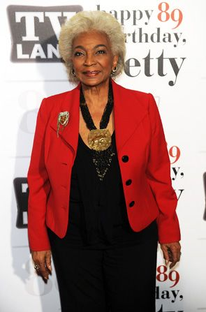 Star Trek's Nichelle Nichols Lt - Hot in Cleveland Picture