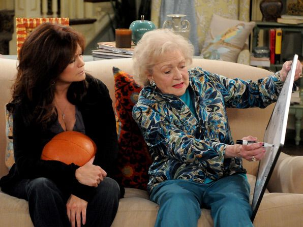 Melanie Valerie Bertinelli really wants - Hot in Cleveland Picture