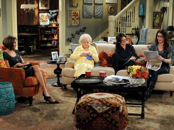 Melanie Valerie Bertinelli convinces the - Hot in Cleveland Picture
