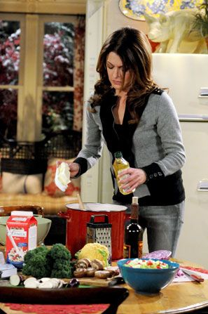 There's nothing like a no-fear - Hot in Cleveland Picture