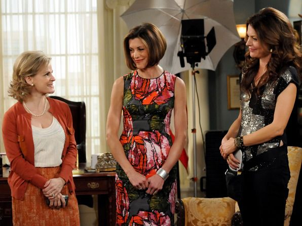 Things get hairy when Joy - Hot in Cleveland Picture