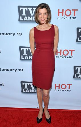 We love Wendie Malick's sophisticated - Hot in Cleveland Picture