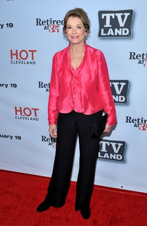 Retired at star Jessica Walter - Hot in Cleveland Picture