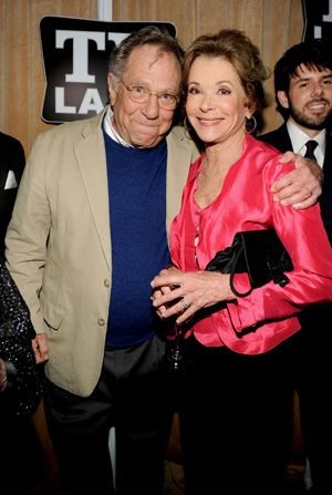 George Segal and Jessica Walter - Hot in Cleveland Picture