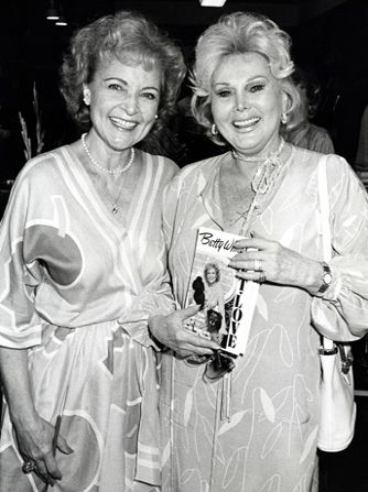In Zsa Zsa Gabor helped - Hot in Cleveland Picture