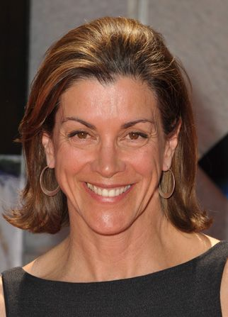 Wendie Malick's first lead role - Hot in Cleveland Picture