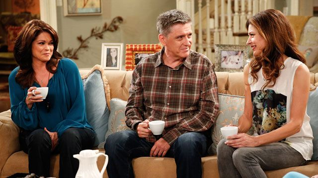 Hot in Cleveland Highlight: The Undead
