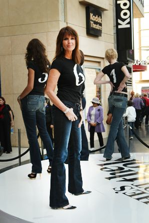 Susan strikes a perfect denim - She's Got The Look Picture