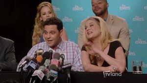 The Exes Press Conference: Stuart – The Exes – Video Clip | TV Land